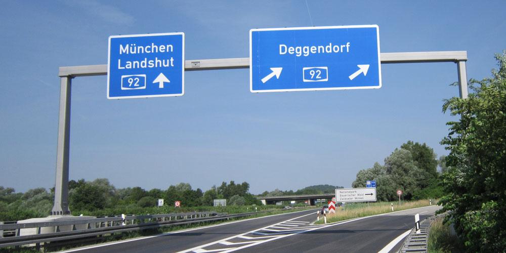 Schilderbrücken Teaser